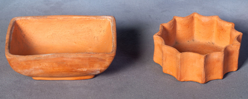 (Figure 4 - HF.73.233.1 & HF.11.32.02) Unglazed pottery pieces made by Doull from local Island clay.